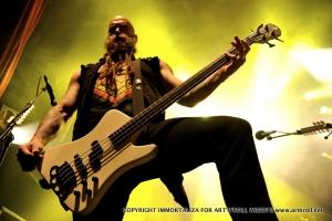 Bassiste jaune